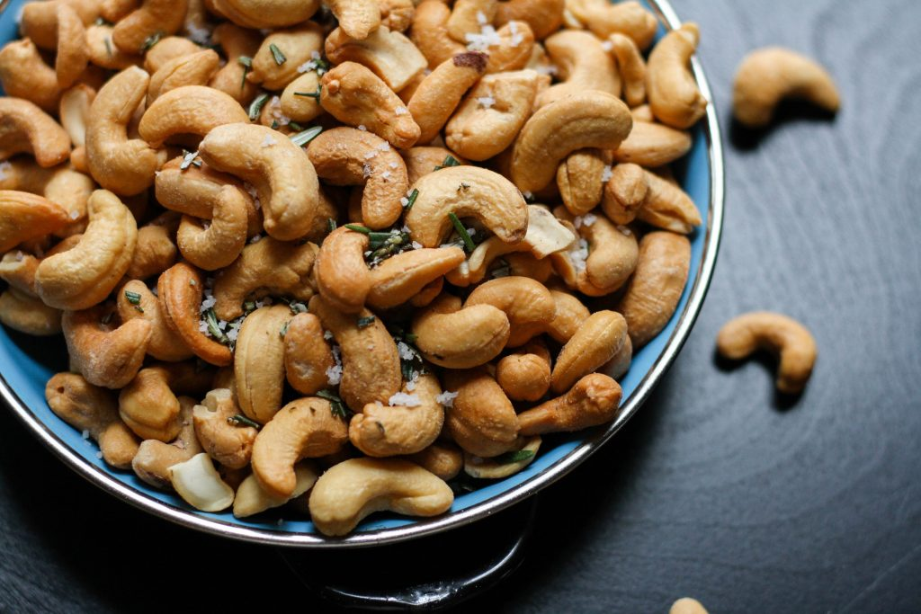 Bowl of cashews for PCOS