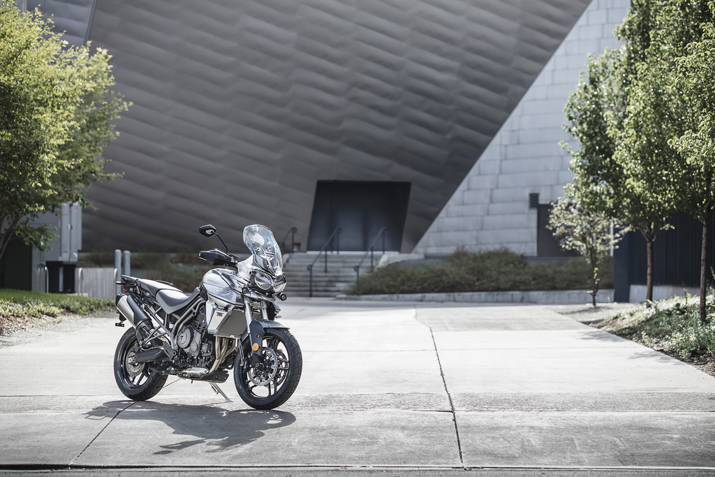 The All New Triumph Tiger 800 Xc And Xr 06