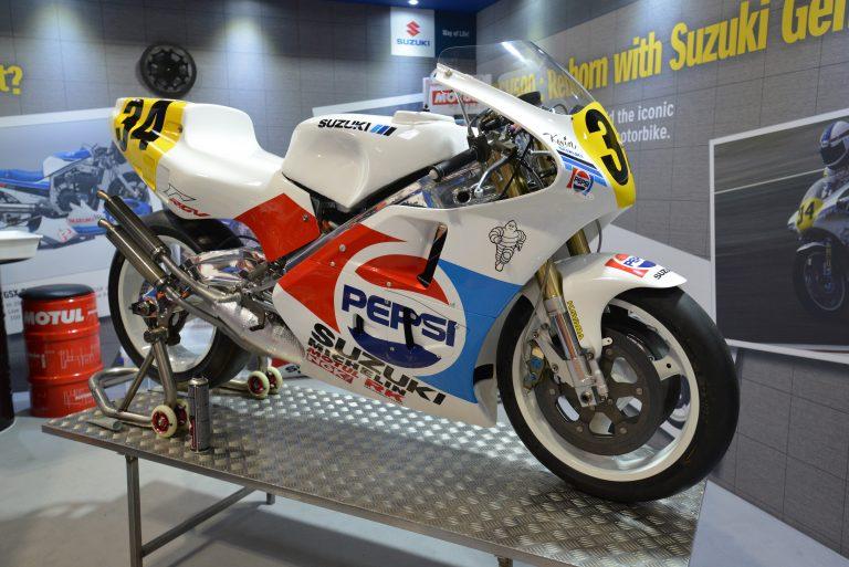 Suzuki Rgv500 Restoration Voted Best Manufacturer Feature At Motorcycle Live