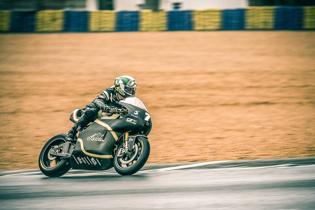 Sarolea And Dunlop In Le Mans Showcase
