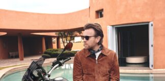 Ewan Mcgregor, Back On A Moto Guzzi