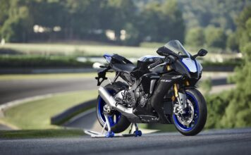 Yamaha Unveils The New 2020 Yzf-r1 And Yzf-r1m