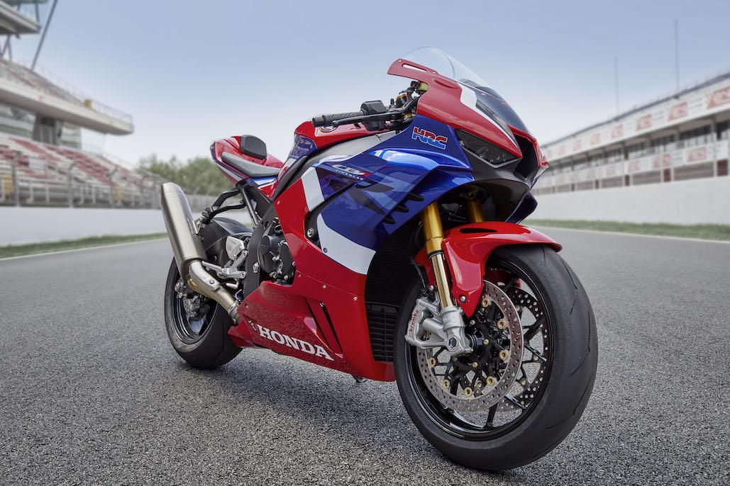 Pirelli Diablo™ Supercorsa Sp Chosen As Original Equipment For The New Cbr1000rr-r Fireblade