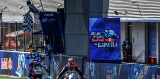 Arenas Wins A Classic Moto3 Melee To The Line