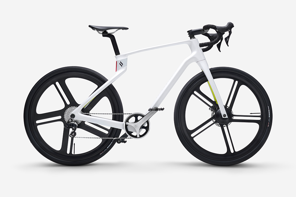 Superstrata Debuts World's First Custom 3d-printed Unibody Carbon Fiber E-bicycle
