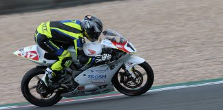 Bourne Strikes Back In A Race 2 Duel At Donington