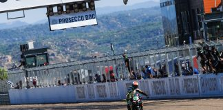 Buis Dominates To Claim First Worldssp300 Victory