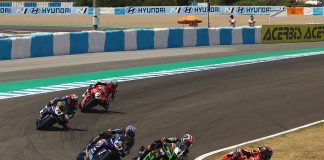 Redding Claims First Worldsbk Win After Thrilling Five-way Battle