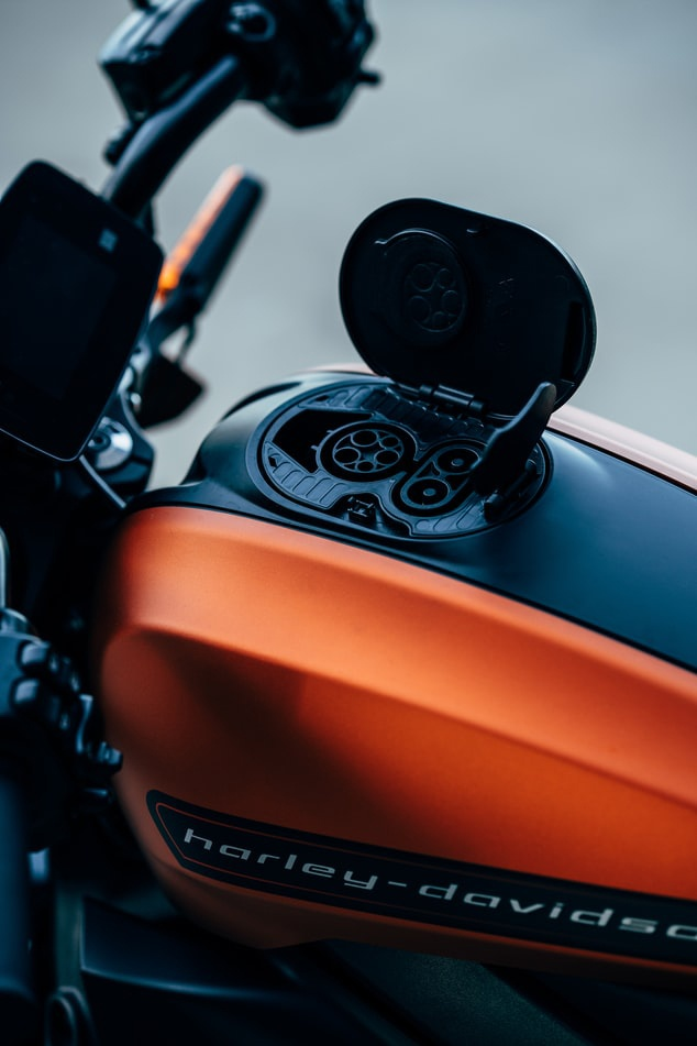 78% Increase In Uk Electric Motorcycle Registrations – New Report