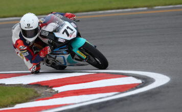 Farrer Wins A Five-rider Battle At Donington To Home In On The Top