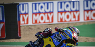 Lowes Turns It Up To 11 With Another Lap Record At Motorland 01