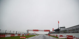 Rain Stops Play At Donington Park As Fans Now Set For Superbike Sunday