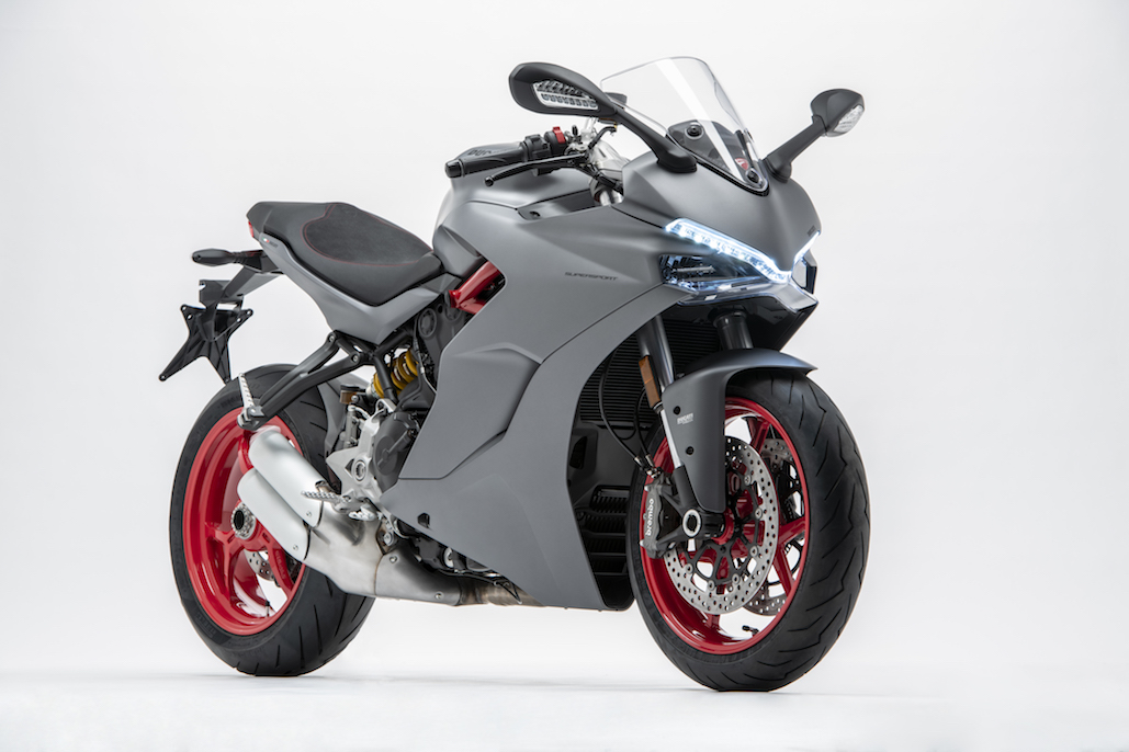 Ducati Presents A New Colour Scheme For The Supersport Range
