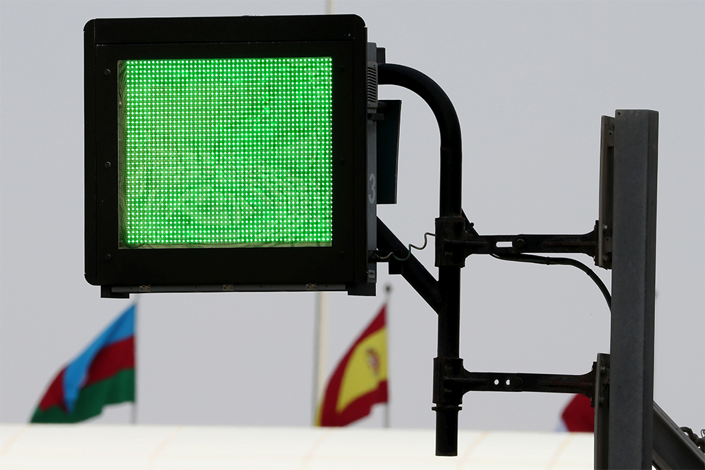 High-tech Light Panels To Be Mandatory At All Worldsbk, Motogp™ And Formula 1 Circuits