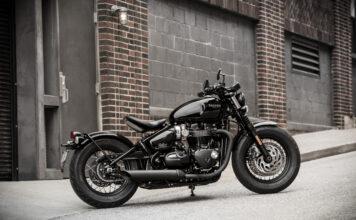 The Triumph Bonneville Bobber Black 03