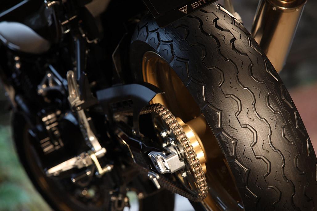 The Dunlop Tt100 Gp Radial