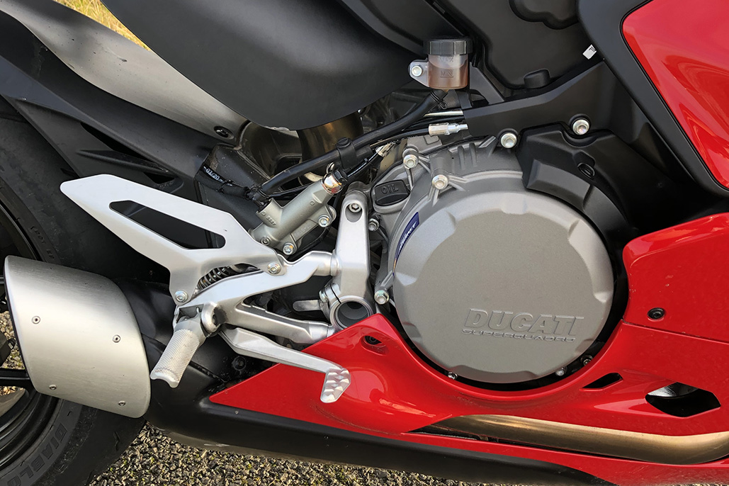 Ducati Panigale V2 Review