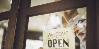 Uk Roadmap Sees Industry Retail Outlets Open