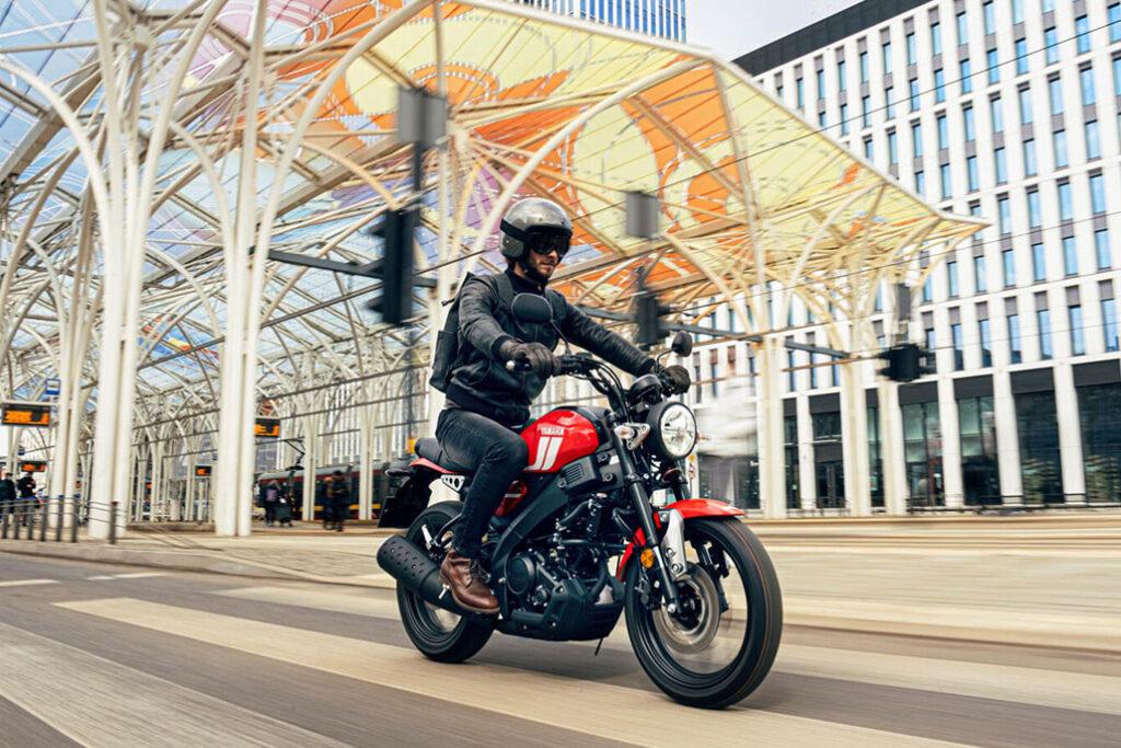 The New Triumph Bonneville T120 And T120 Black
