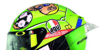Valentino Rossi Dedicates His Agv Helmet To A Grand Sporting Champ!