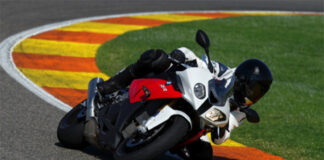 Purchase A New Bmw S 1000 Rr And Choose A Vip Trackday Experience In Spain Or £1,500 Of Accessories