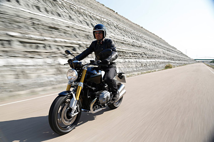 Free Datatool Trakking From Bmw Park Lane Motorrad