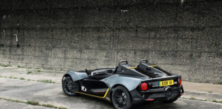 Public Debut Of 350bhp Zenos E10 R At The Performance Car Show