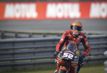 Alcoba takes first Grand Prix pole position at Assen 01