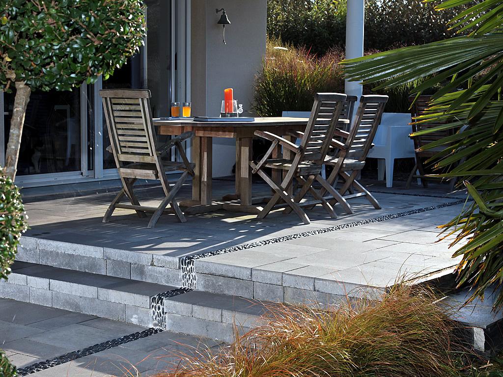 Jardins Et Clotures D Armor terrasse : l'autre pièce de la maison | ouestfrance-immo