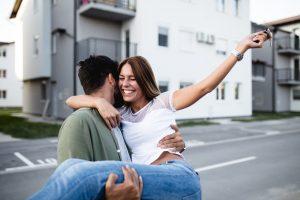 livraison-programme-neuf-couple-heureux