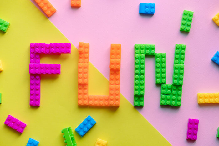 "The word ""fun"" written in lego"