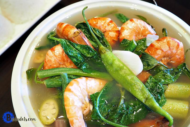 4.フィリピンの家庭の味「sinigang(シニガン)」