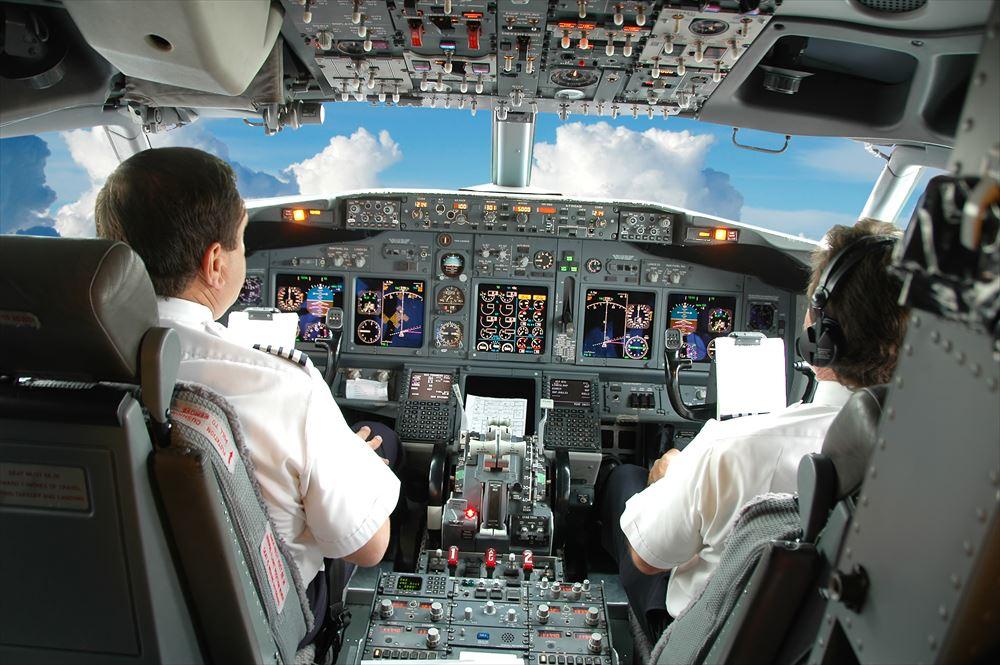 ■パイロット留学のデメリットとメリット