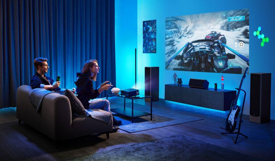 Acer ukázal herní mašinu s 12. generací Intel Core procesorů a projektor pro hráče