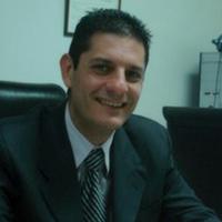 DR. ESTEBAN ESTRADA