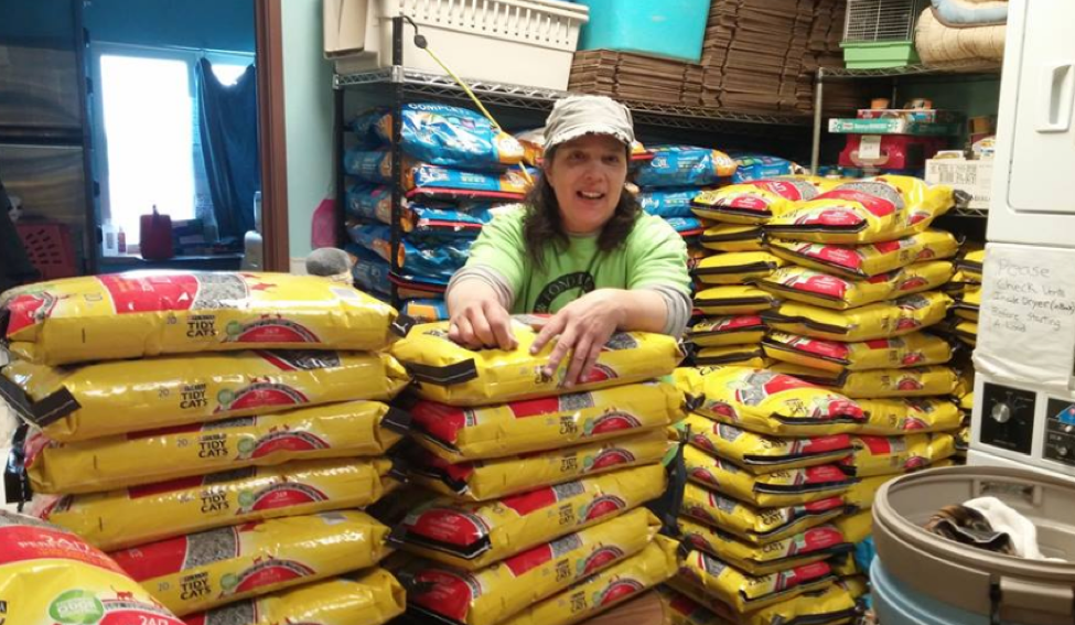 cat litter donated to Fond du Lac Humane Society through Paw Away Hunger
