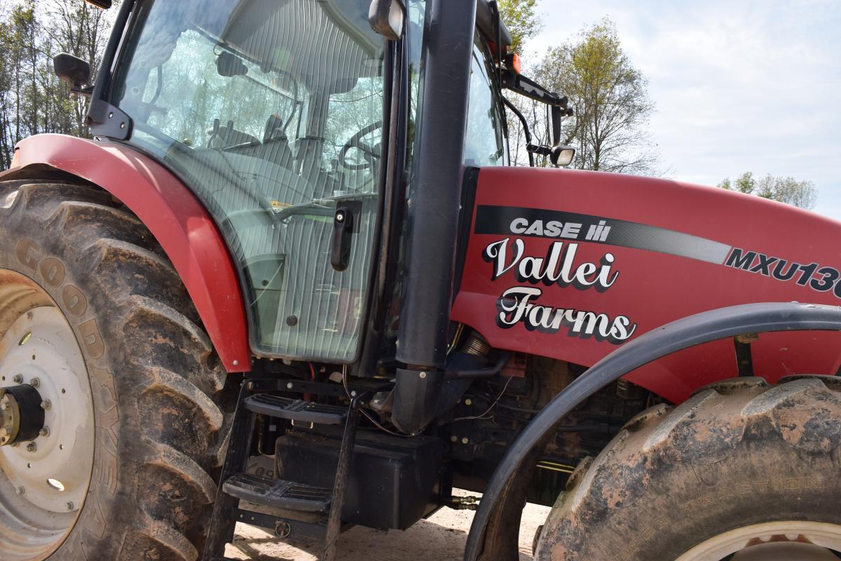 Vallei farm tractor