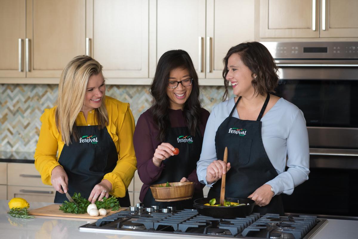 mealtime mentors team shot