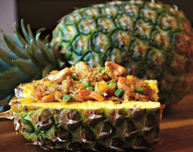 pineapple fried rice2