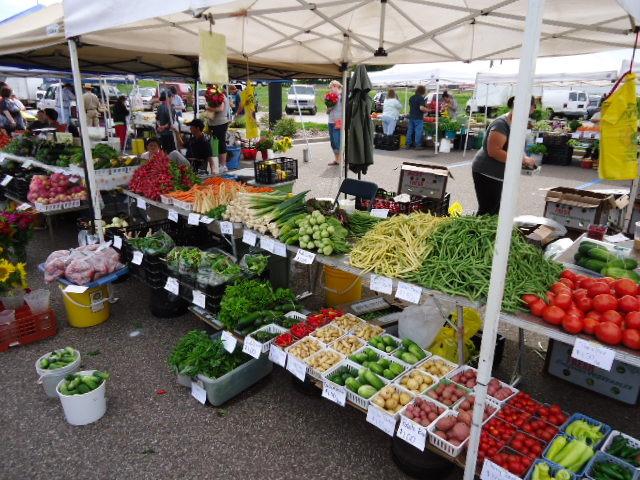 eau claire farmer's market 2