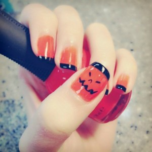 halloween-nailpolish-nails-pumpkin-favim-com-1171287
