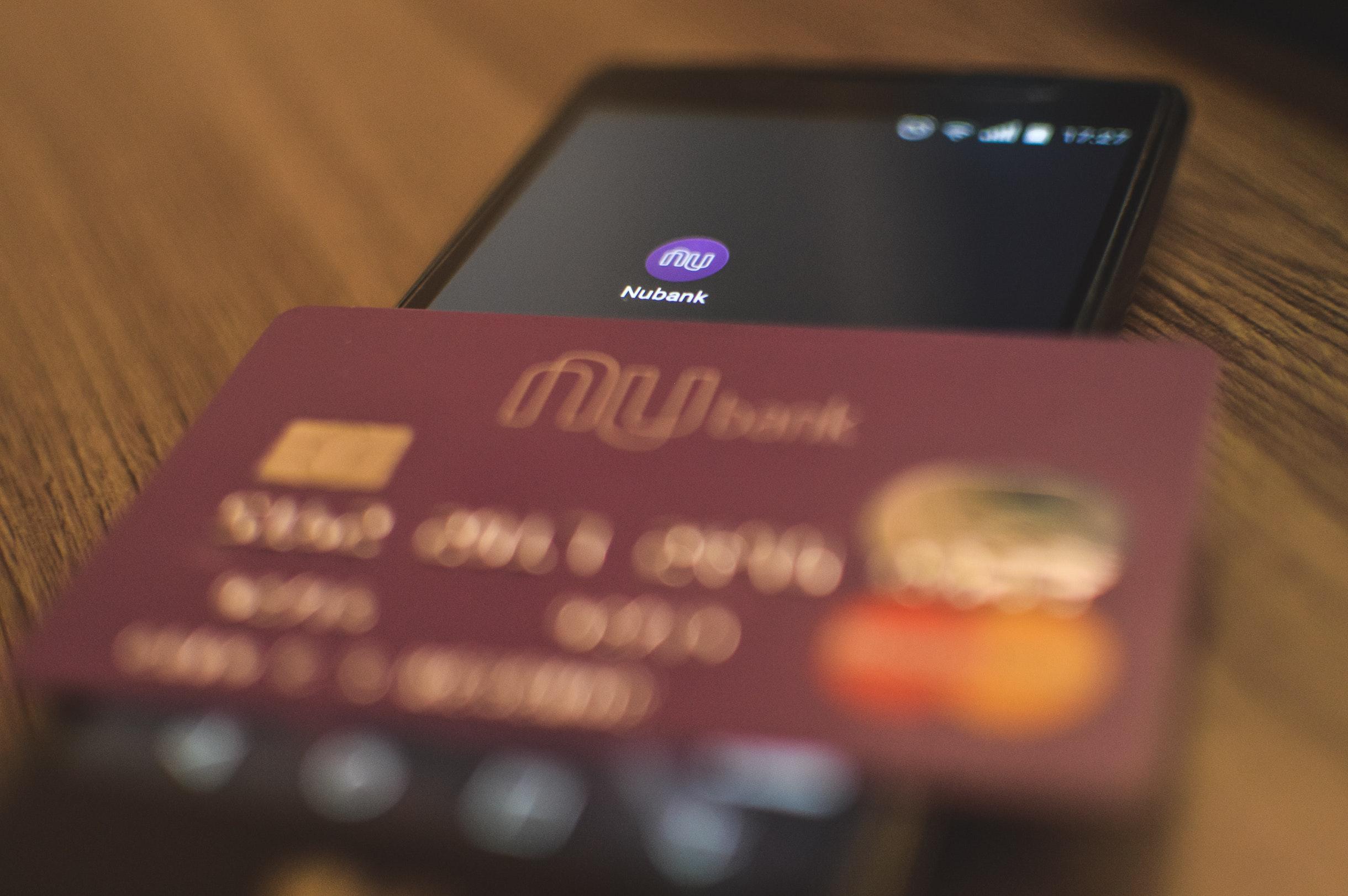 Nubank atinge 5 milhões de clientes e lança novo cartão