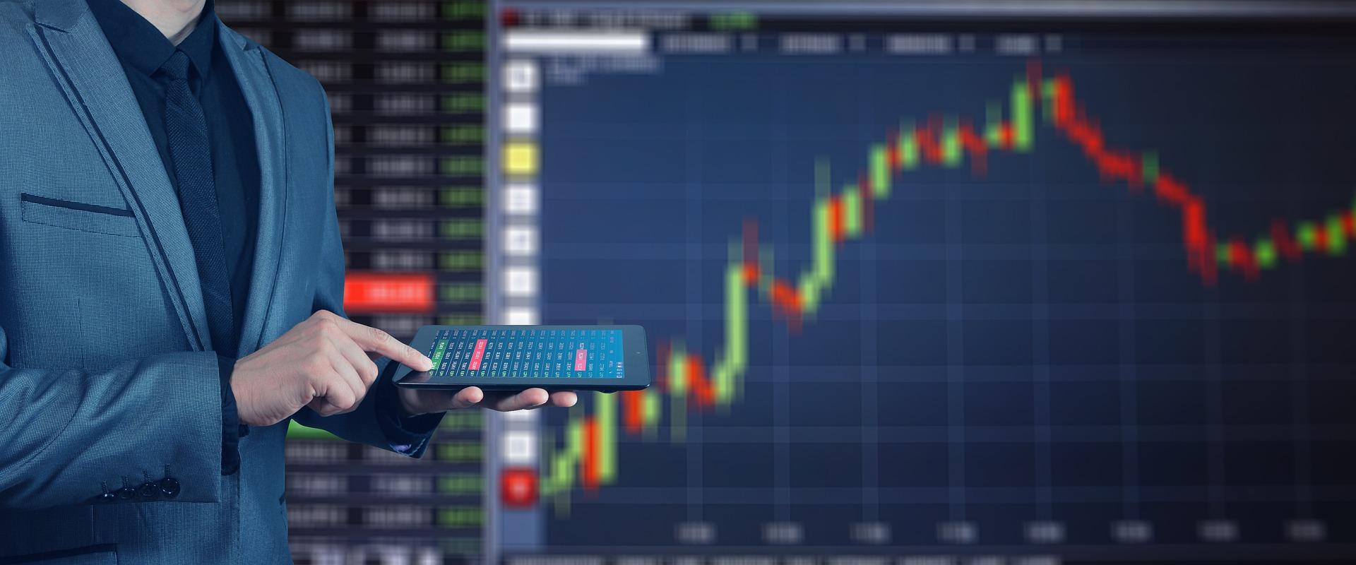 China: BC injeta 500 bi de yuans e mercado encerra em alta