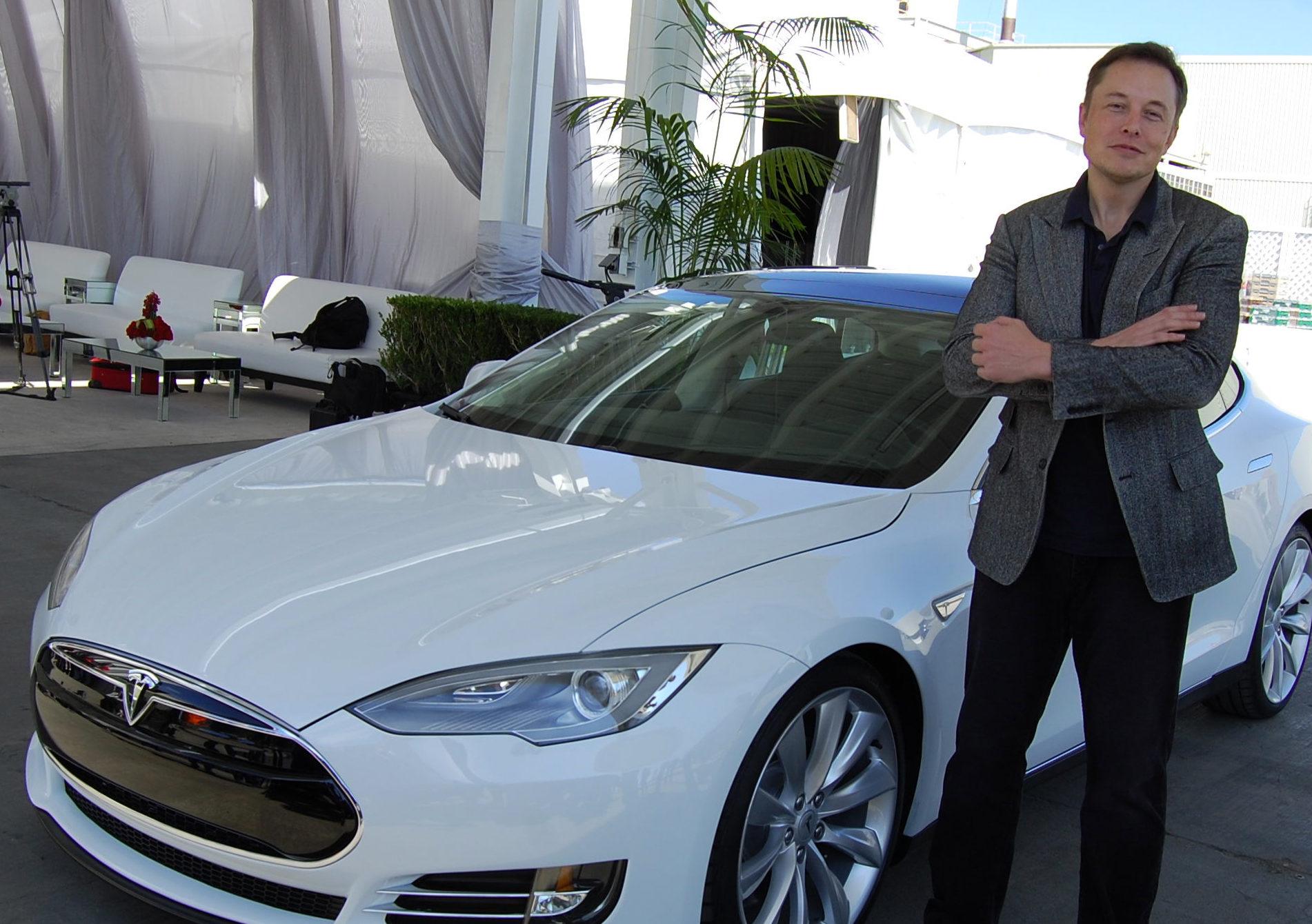 Tesla começa bem 2020: ações em nível recorde e pedidos que dobraram