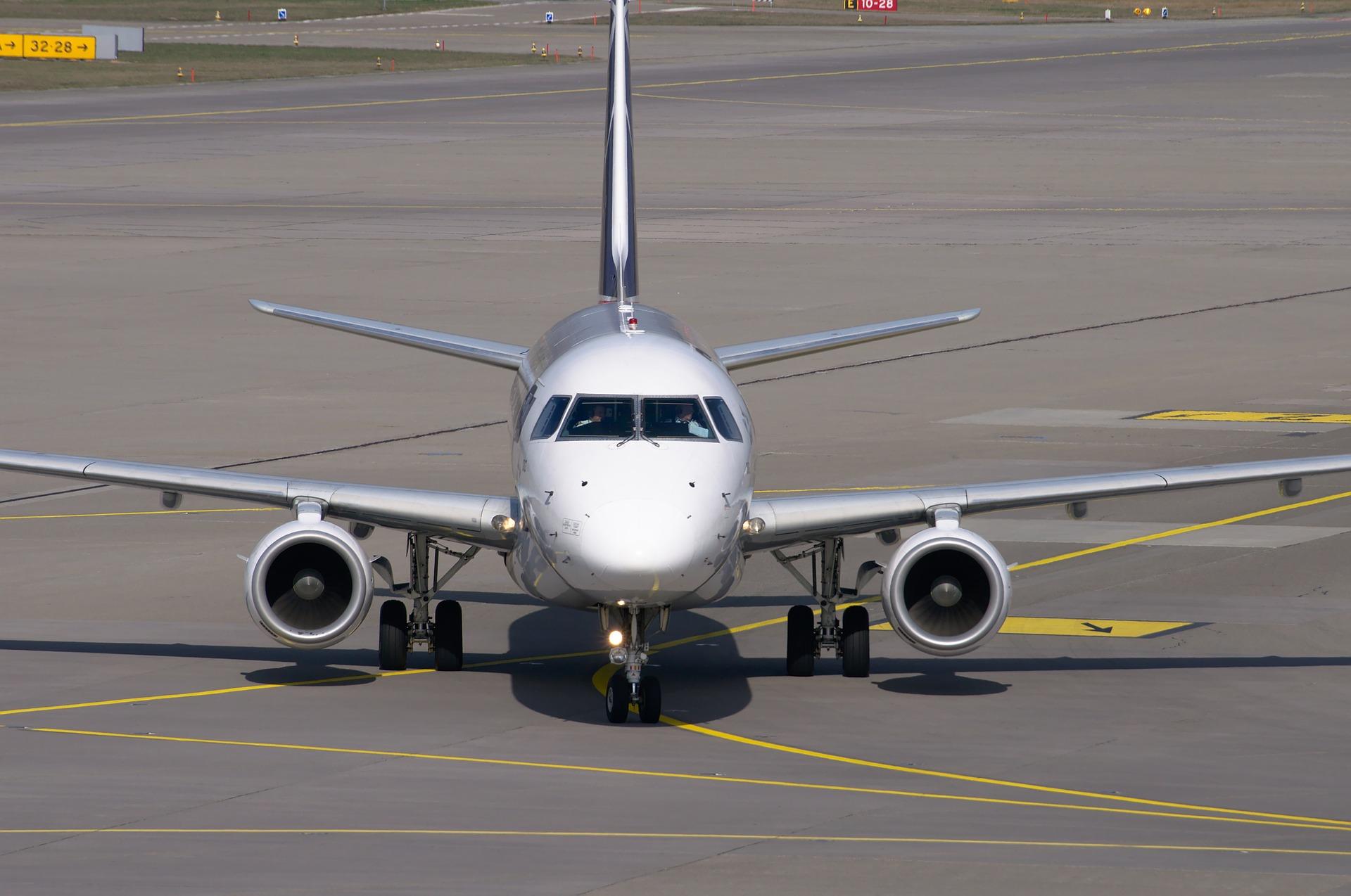 Embraer (EMBR3) e EDP (ENBR3) se unem para desenvolver avião elétrico