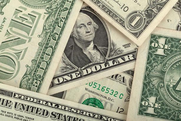 Dólar fecha em alta de 0,626% a US$ 5,38 com cautela por coronavírus