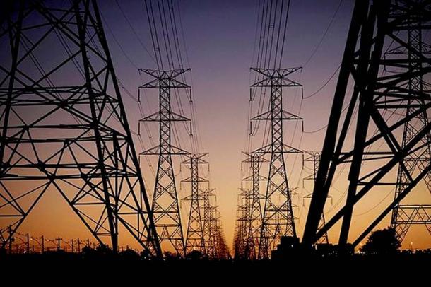 Elétricas terão R$ 15,6 bilhões em socorro do governo, diz Aneel
