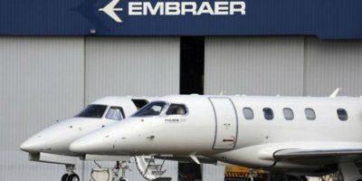 Embraer (EMBR3) contrata Itaú para negociar socorro com BNDES, diz jornal