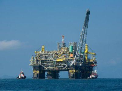 Preços do petróleo registram desvalorização acumulada de 20%