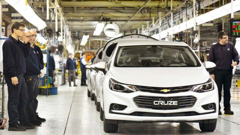 'Se precisar fechar, fecha', diz secretário de Guedes à General Motors